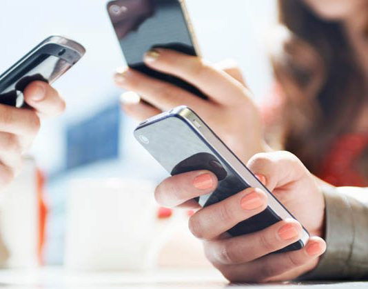 telepon genggam, smartphone, internet
