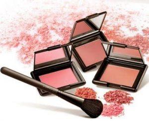 Memilih Make Up Untuk Kulit Sawo Matang