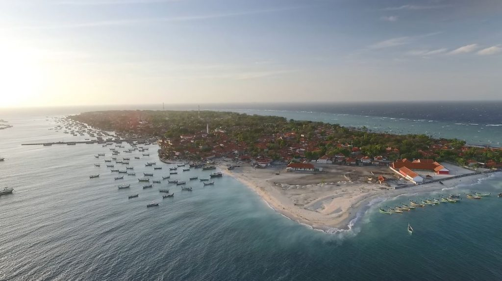 Pulau Mandangin disebut juga pulau Kambing.